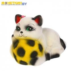 Копилка «Кот с мячом»